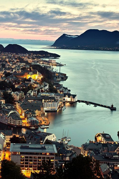 Sunset over the beautifully cute town Ålesund in Norway